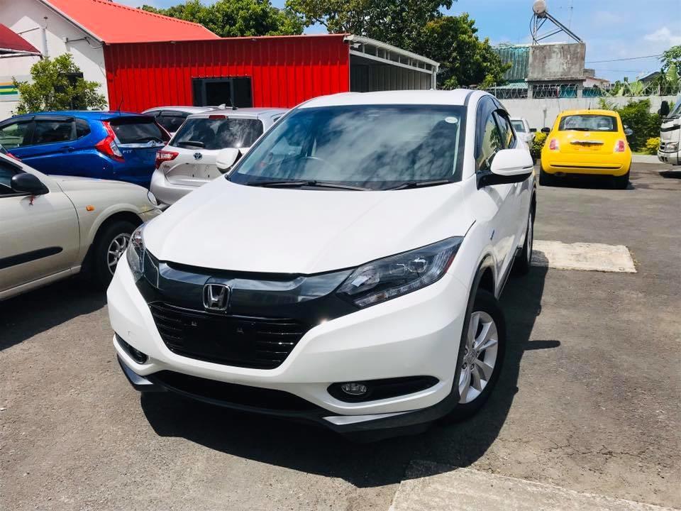 Honda Vezel X